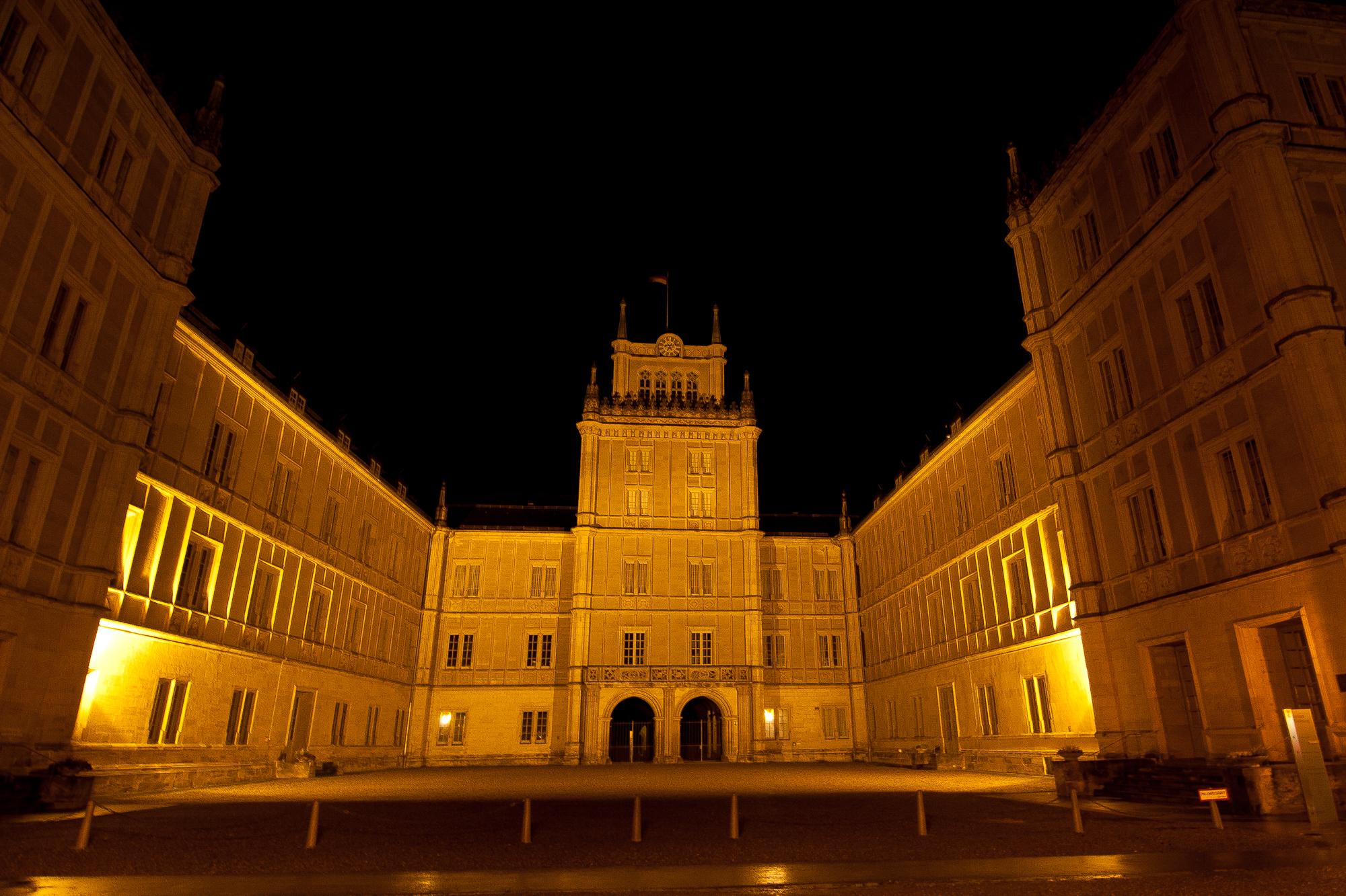 Schloss Ehrenburg bei Nacht