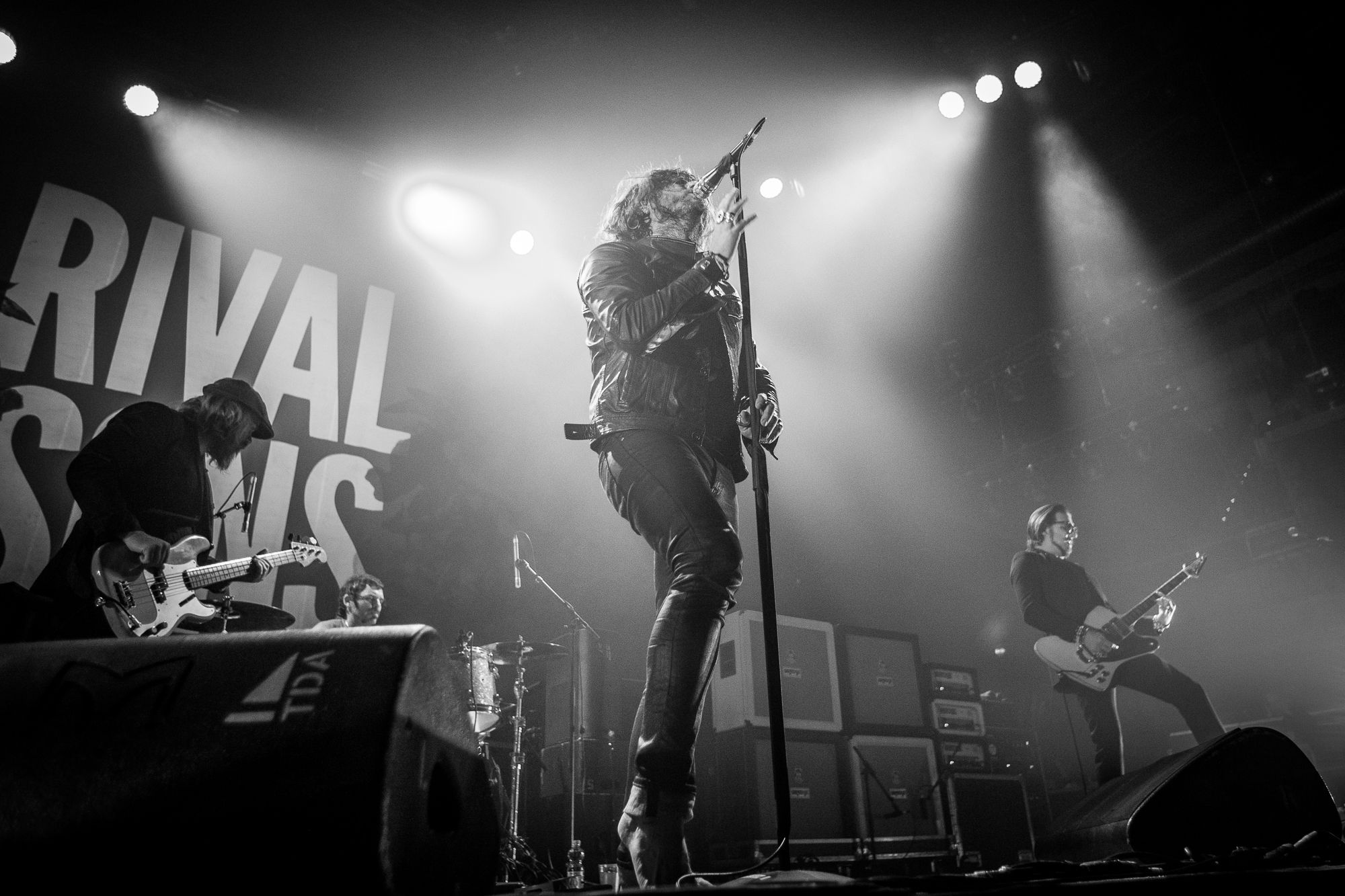Rival Sons - Jay Buchanan (3)